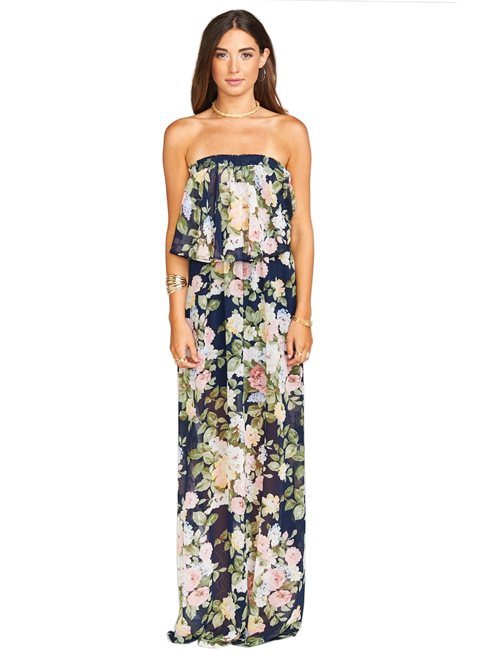 Girl outfit in a dress rental from Show Me Your Mumu called Hacienda Maxi Dress