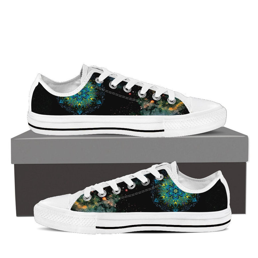 Sneakers - Galaxy Flower Low Top