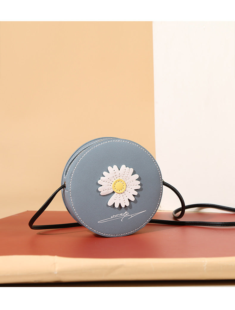 DIY Daisy Round Bag