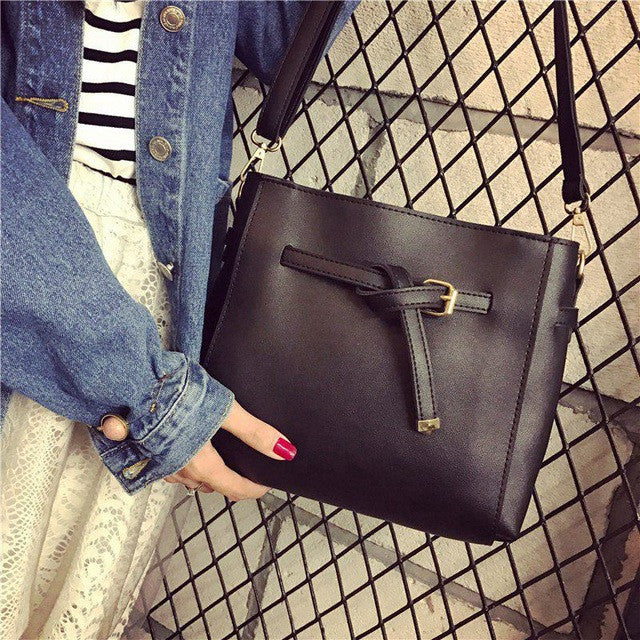Julia Kays™ The Knot Shoulder Bag