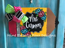 Pencil door hanger, teacher door hanger, teacher, teacher decor, classroom, school