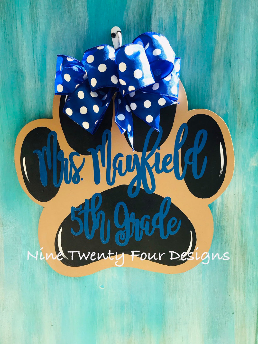 Paw Door Hanger, personalized door hanger, painted letted, hand painted door hanger, teacher door hanger