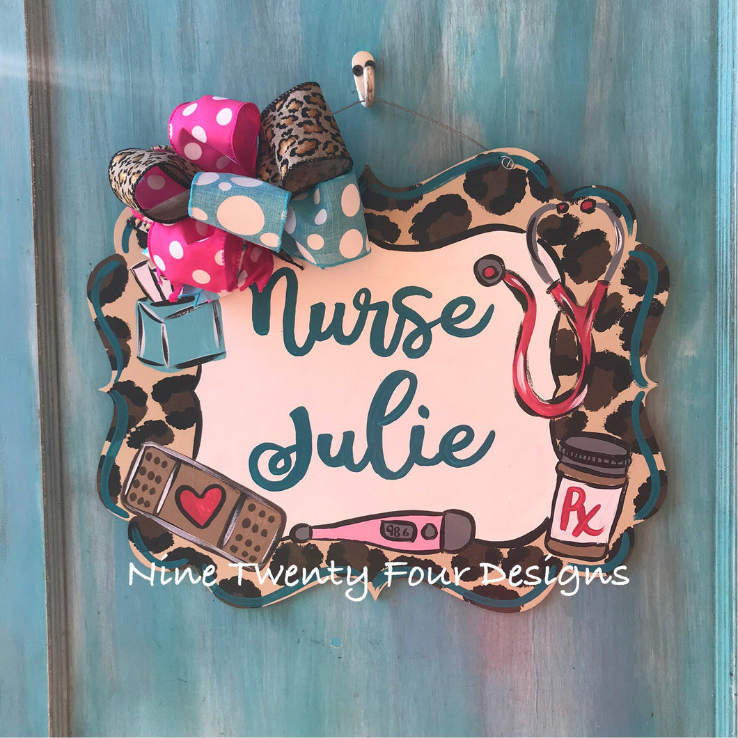 Leopard Nurse Door hanger, nurse, nurse gift, clinic decor, school, nurse decor, nurse-decor