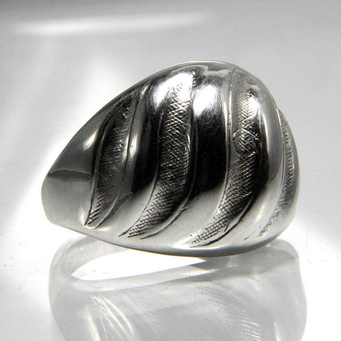 Vintage Sterling Silver Dome Ring Ladies Size 7 - Greg DeMark