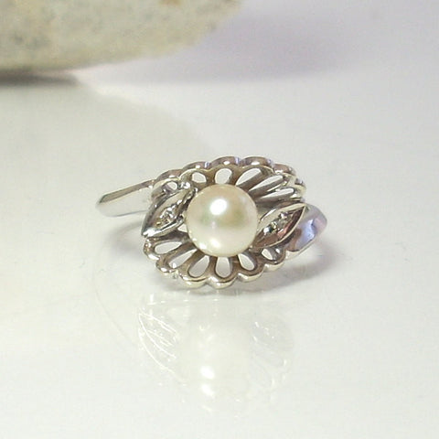 Vintage 14K White Gold Akoya Pearl Diamond Engagement Ring Size 5 1/4 - Greg DeMark
