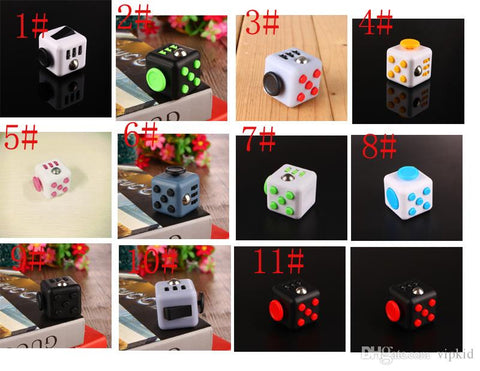 11 color 2017 New Fidget cube camouflage fidget spinner the world's first American decompression anxiety Toys