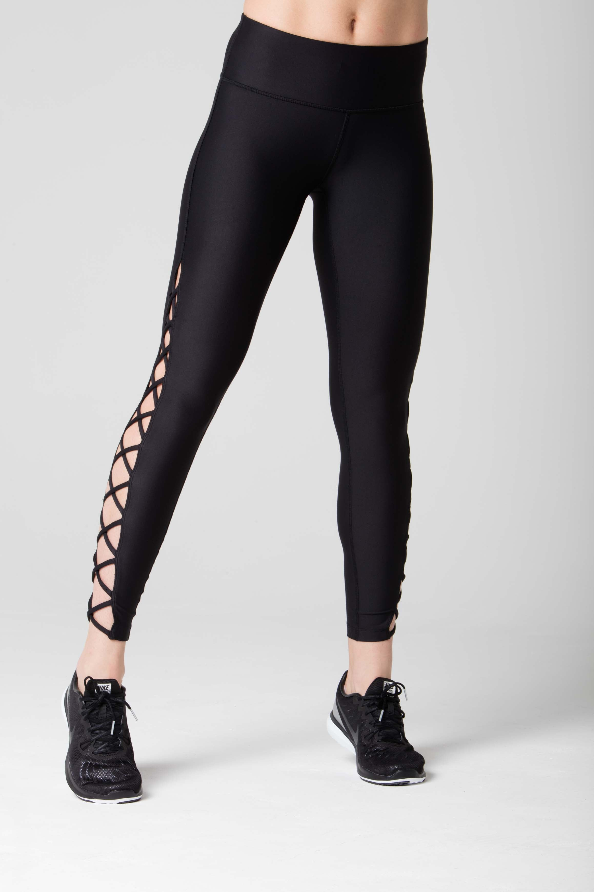 Emma Cross straps legging