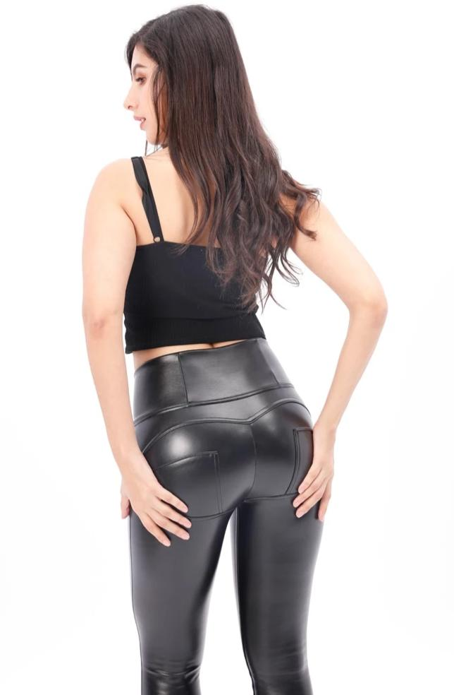 Booty push-up black high waist pants