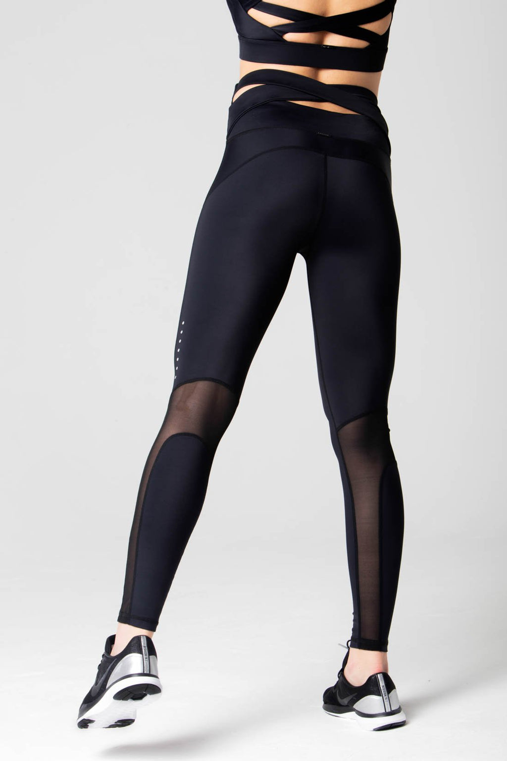 Natasha cross back legging