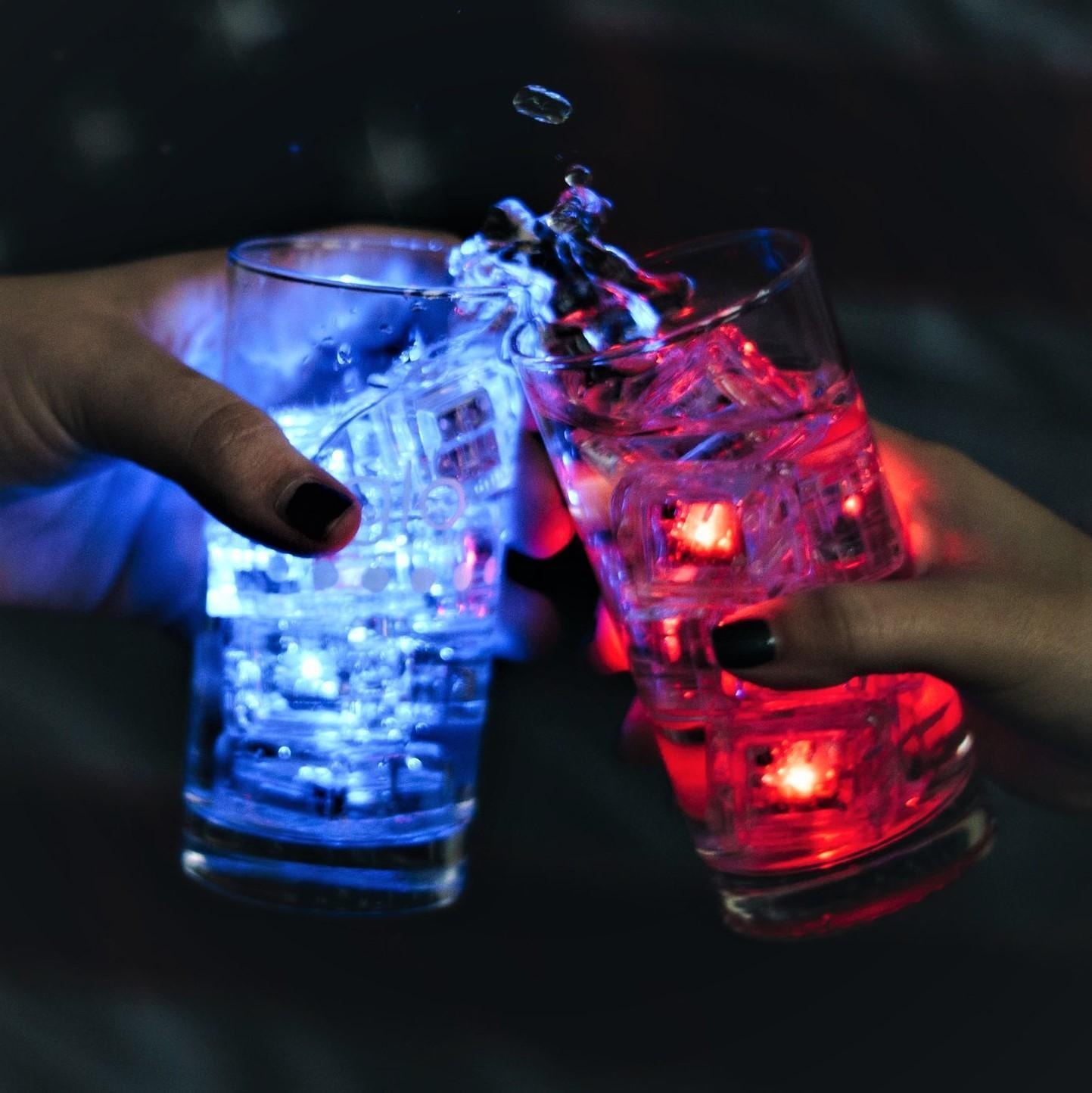 Glo® Liquid-activated cubes
