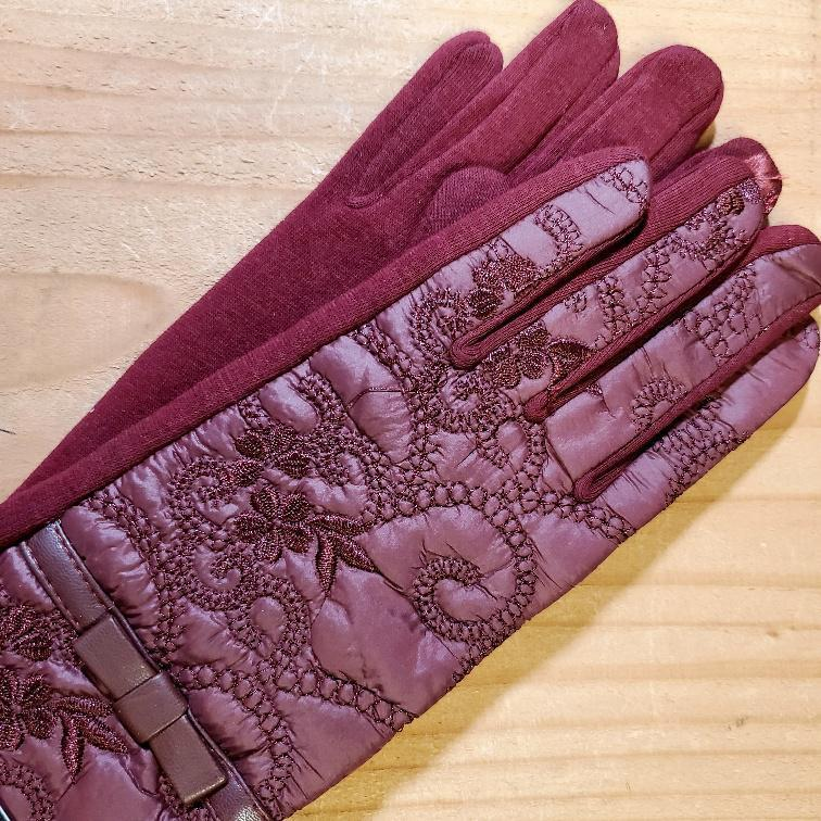 Women's Quilted Floral Texting Gloves Red