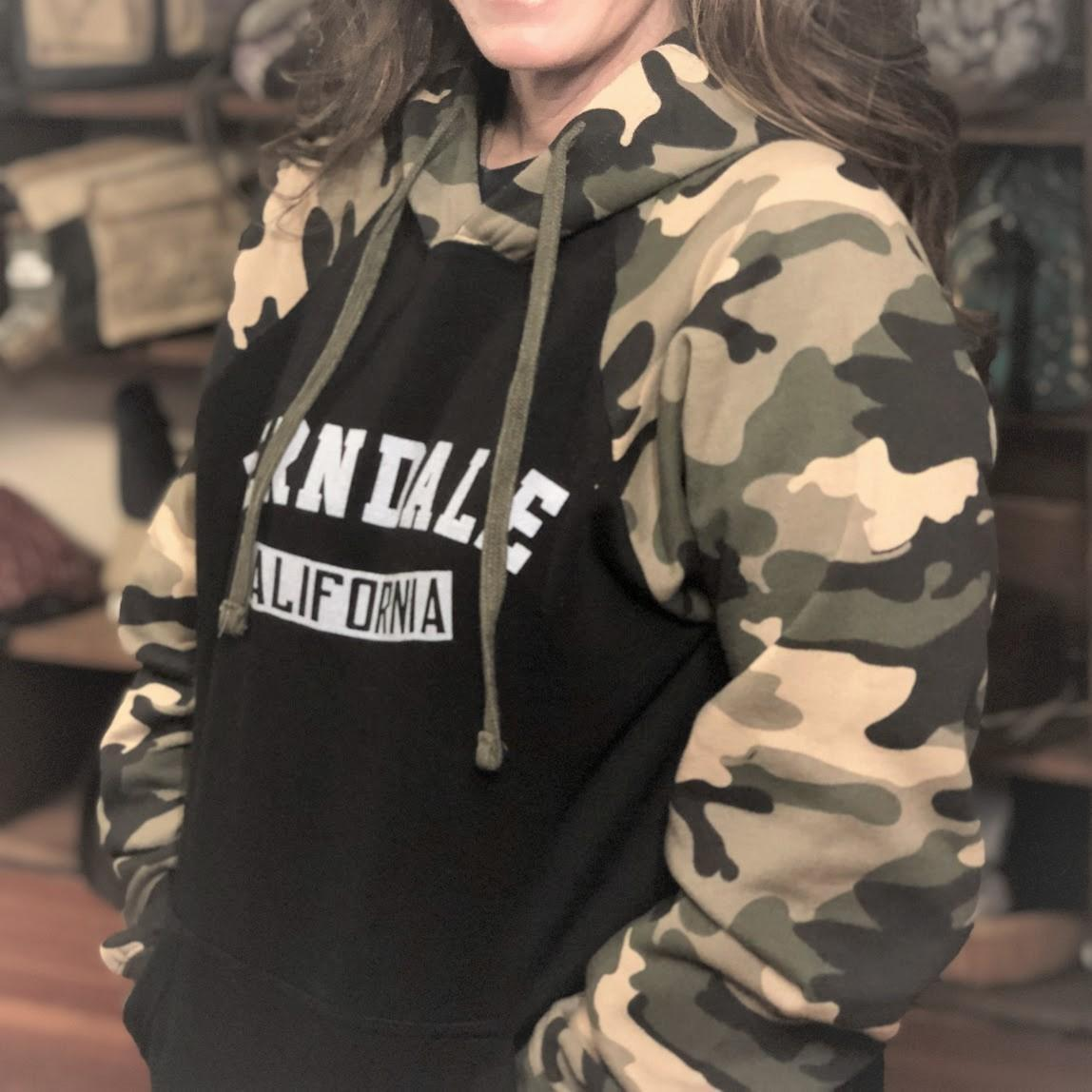 Sweatshirt Hood Ferndale California Green Camo & Black