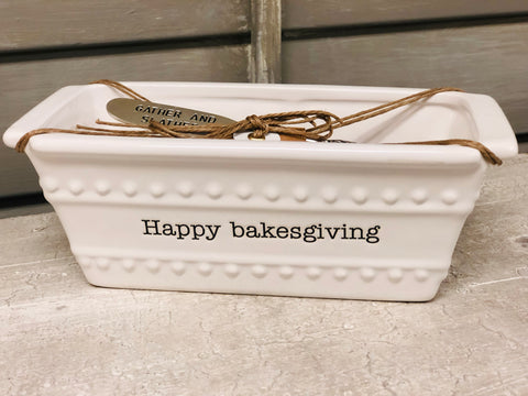 Happy Bakesgiving Mini Dish