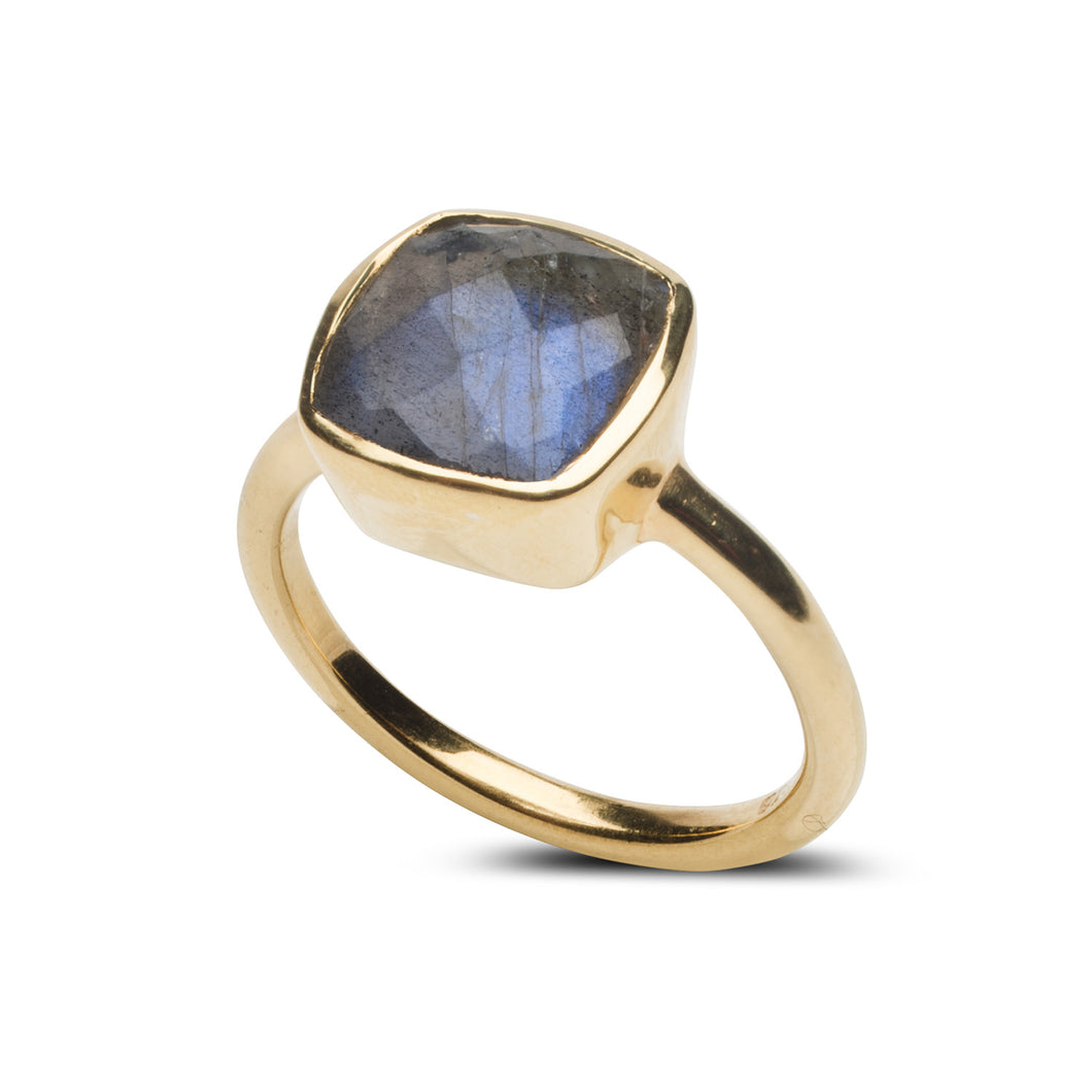 Fairmont Ring in Labradorite