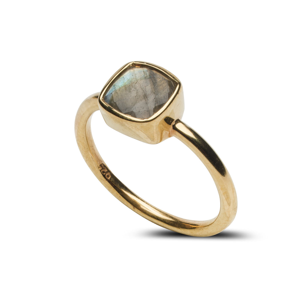 Fairmont Mini Ring in Labradorite
