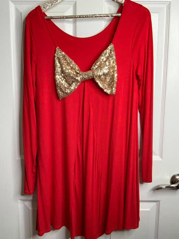 On Point Red Shift Gold Bow Tunic