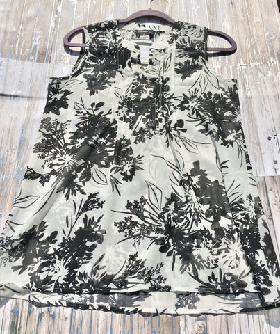A Little Bit Of Paradise Sleeveless Top