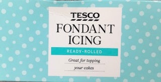 Tesco Fondant Icing Ready Rolled 450g - Christmas