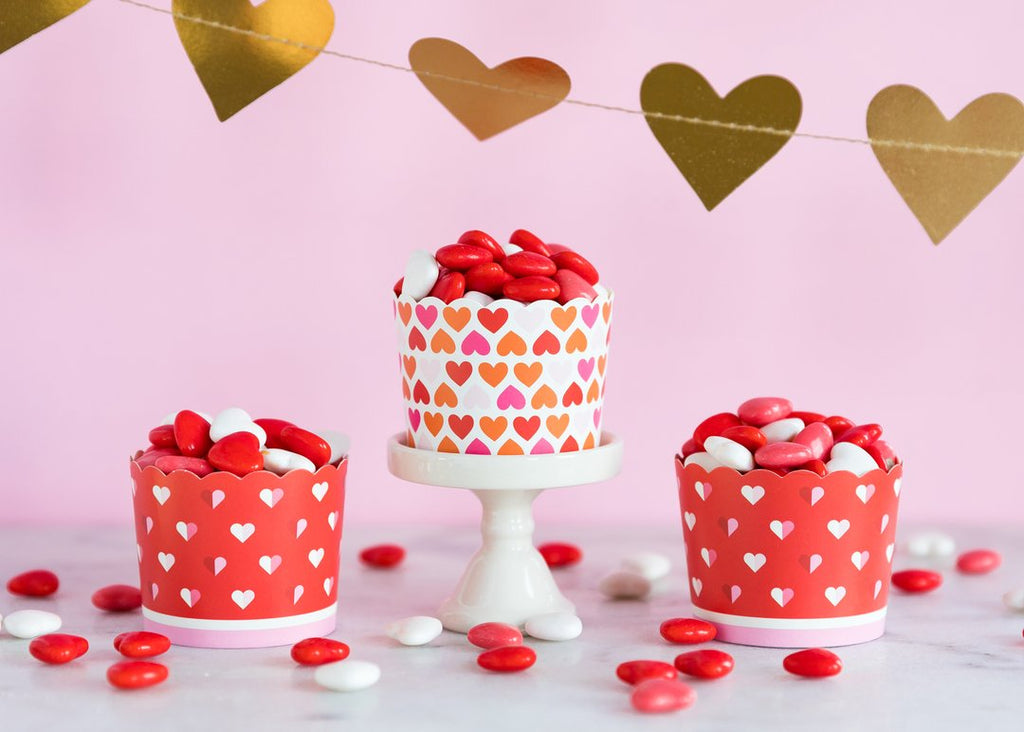 LOTS OF HEARTS 5OZ BAKING/TREAT CUPS (50 COUNT) -  Little Pair
