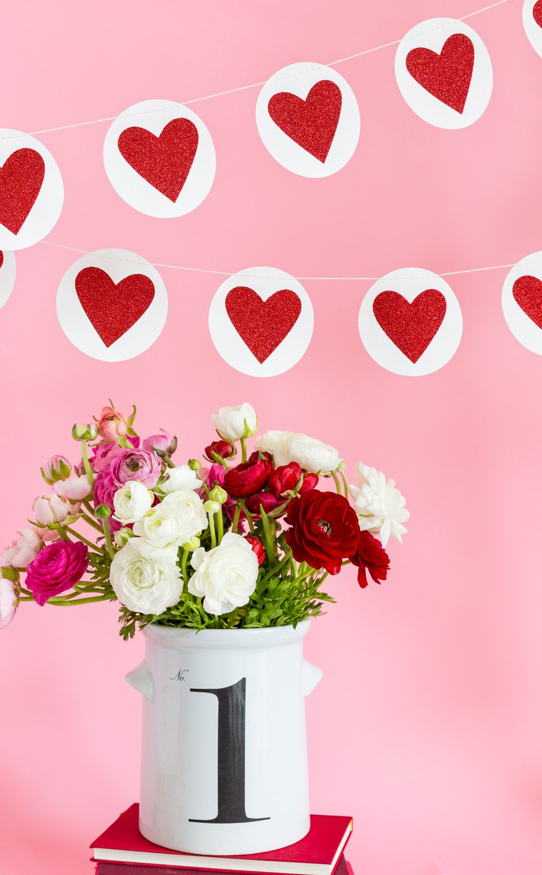 VALENTINE HEART & CIRCLE HEART BANNER SET