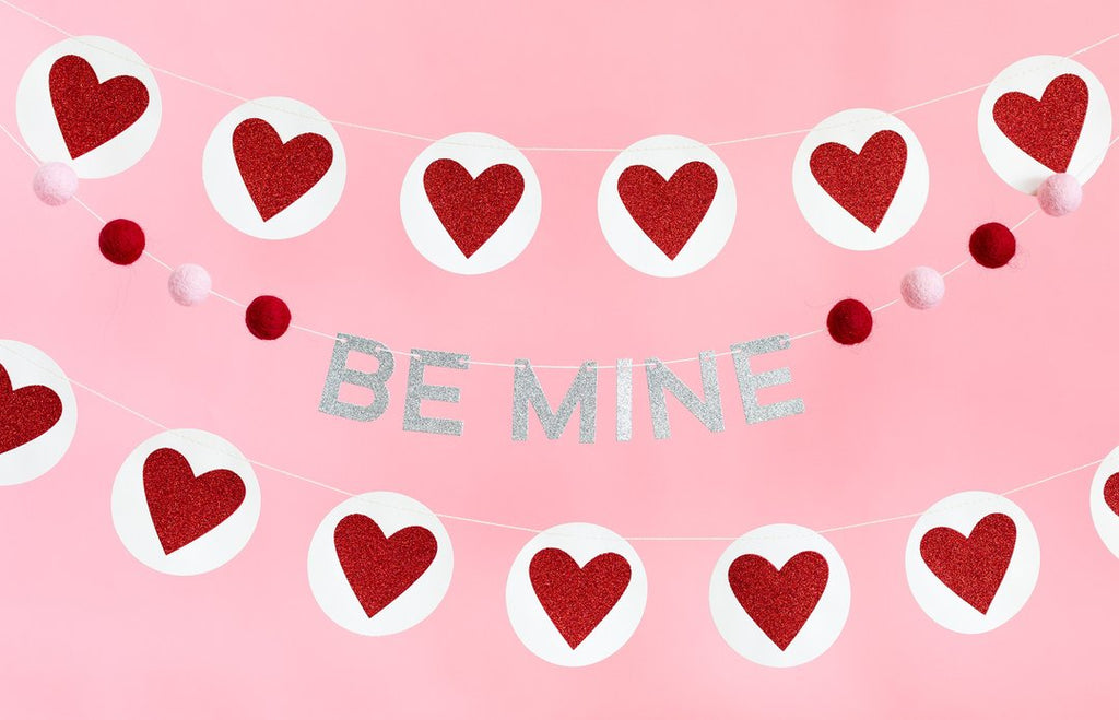 BE MINE FELT BALL BANNER -  Little Pair