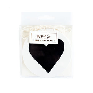 BLACK & WHITE MINI BANNER-CIRCLE HEART