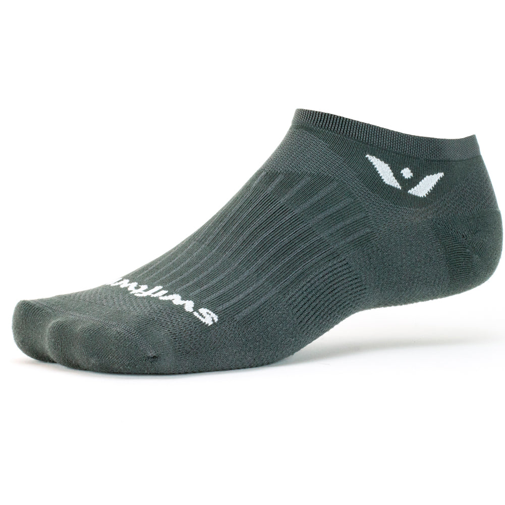 Swiftwick Aspire Zero Gray Running Socks (ZC030ZZ)