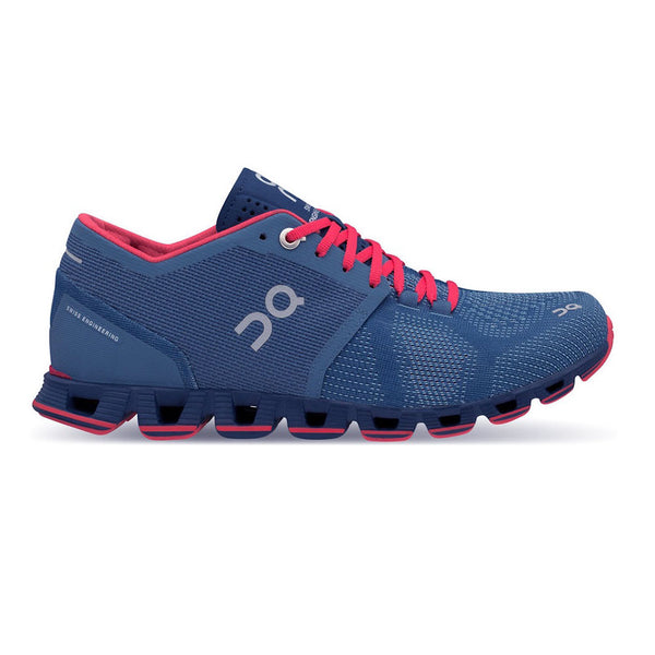 ON FOOTWEAR Womens Cloud X Lake/Coral Running Shoe (20.99984)