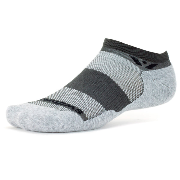 Swiftwick Maxus Zero Gray Running Socks (ZN030ZZ)