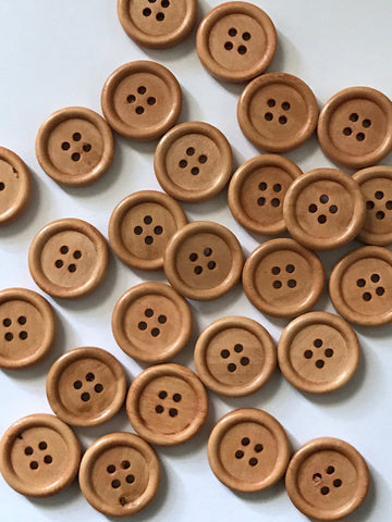 New 50 pcs Brown Wooden Buttons Sewing Button four holes fabric craft fasteners Round Closures Fasteners 20mm