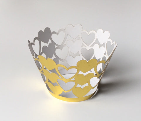 12 pcs Metallic Gold Hearts Cupcake Wrappers