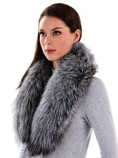 Chloe Silver Fox Fur Shawl Collar - The Fur Store