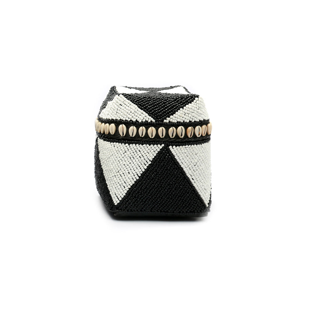 Beaded Basket, Cowrie Diamond High