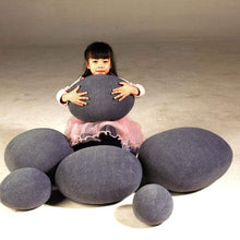 Kinky Cloth Stuffed Animal Dark Gray / 20x20cm Cobblestone Pillows