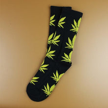 Kinky Cloth 12 Marijuana Leaf Ankle Socks