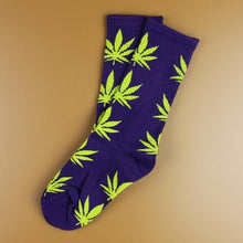 Kinky Cloth 22 Marijuana Leaf Ankle Socks