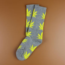 Kinky Cloth 33 Marijuana Leaf Ankle Socks