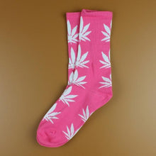 Kinky Cloth 37 Marijuana Leaf Ankle Socks