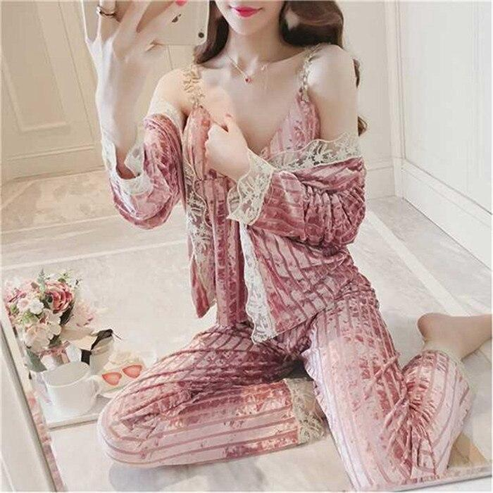 Kinky Cloth 200001904 1 / One Size Pink Velvet Pajama Set