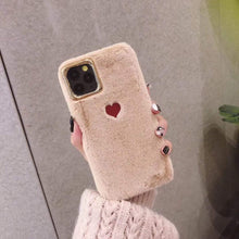 Kinky Cloth 380230 Brown / For 7 Plus or 8 Plus Soft Fluffy Heart iPhone Case
