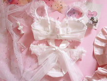 Kinky Cloth 3120601 White Ruffle Bra & Brief Set