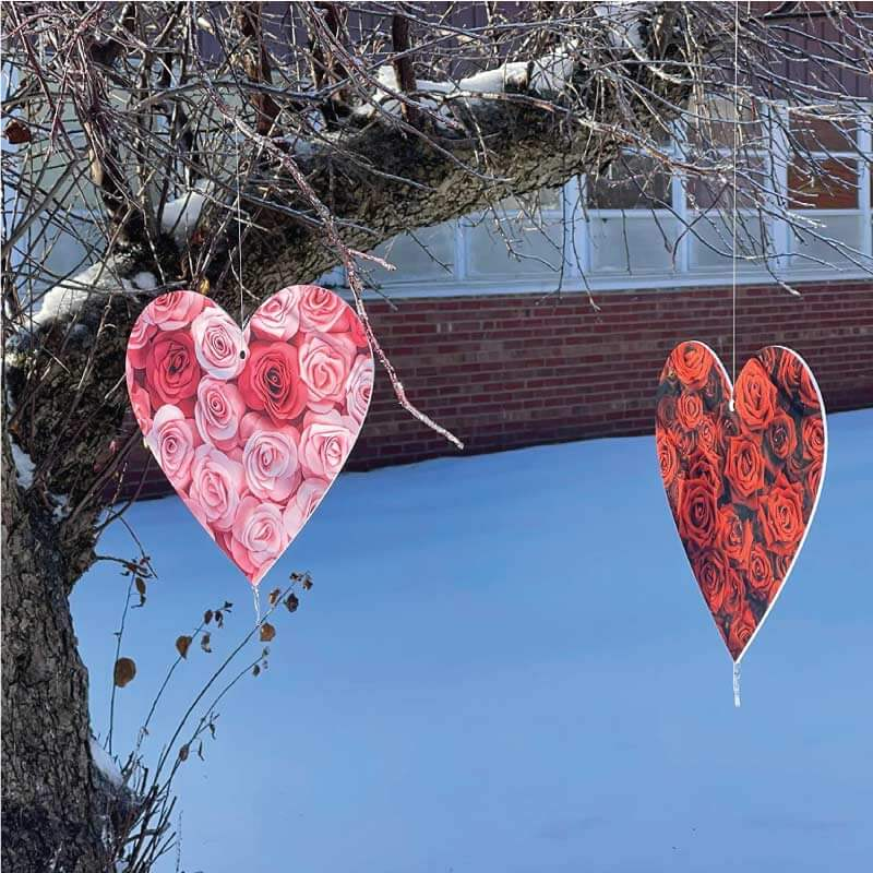 Hanging plastic outdoor valentine's day decorations