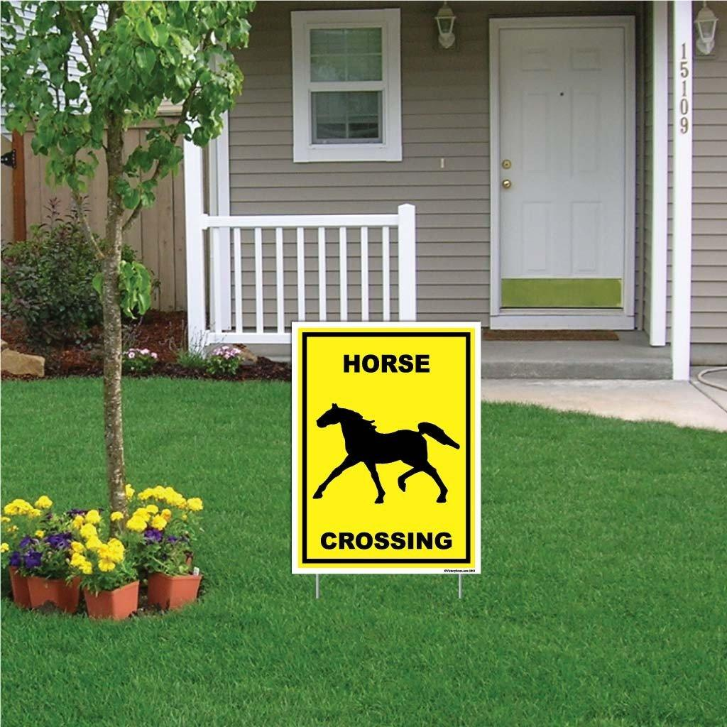 A rectangular horse crossing sign