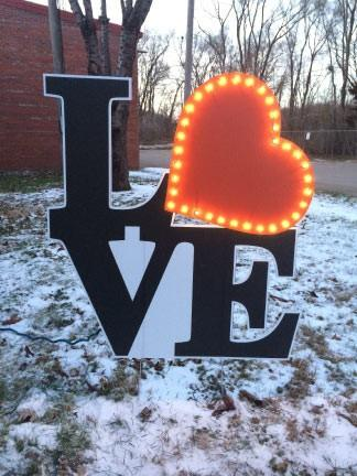 Lighted LOVE Yard Card