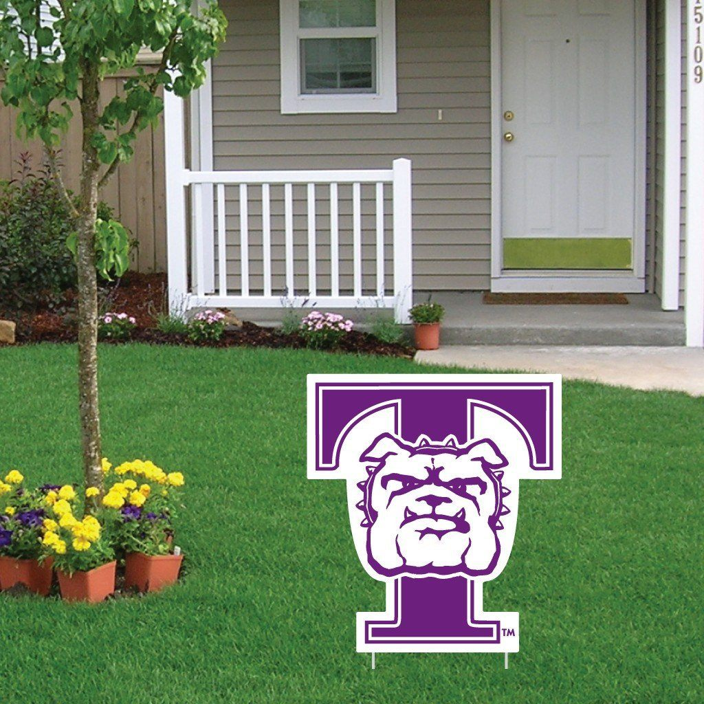 A Truman State University yard sign