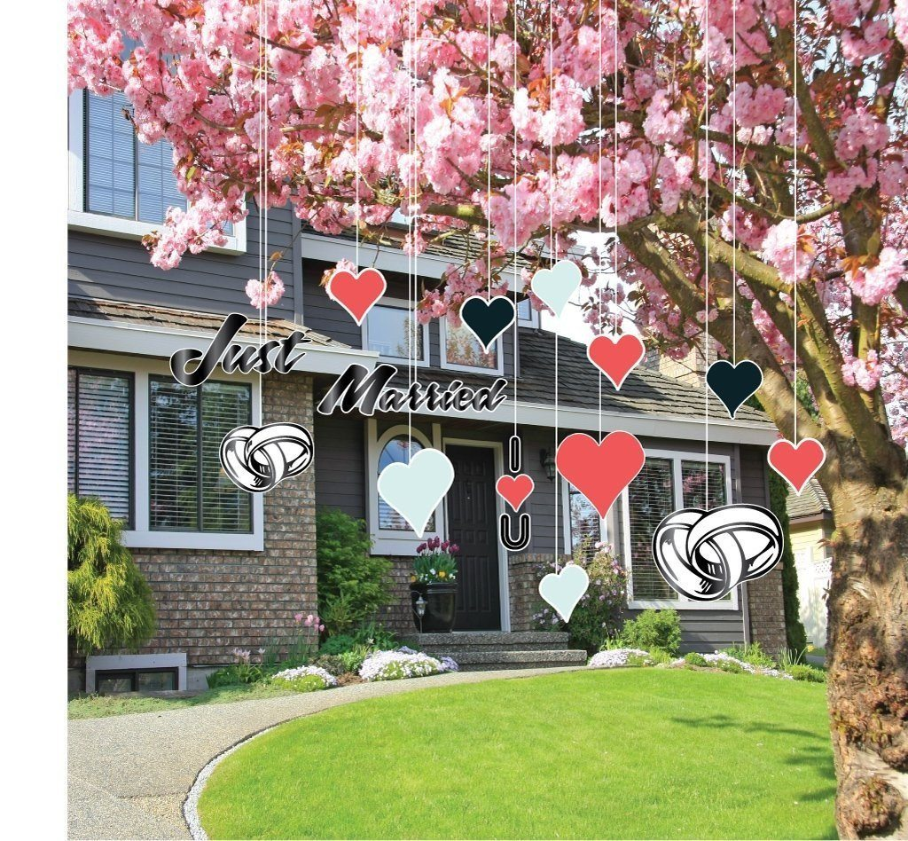 Just Married Wedding Lawn Decorations - Hanging - Hearts Just Married - FREE SHIPPING