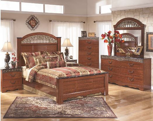Fairbrook Estate Bedroom Set with Pillowtop Mattress