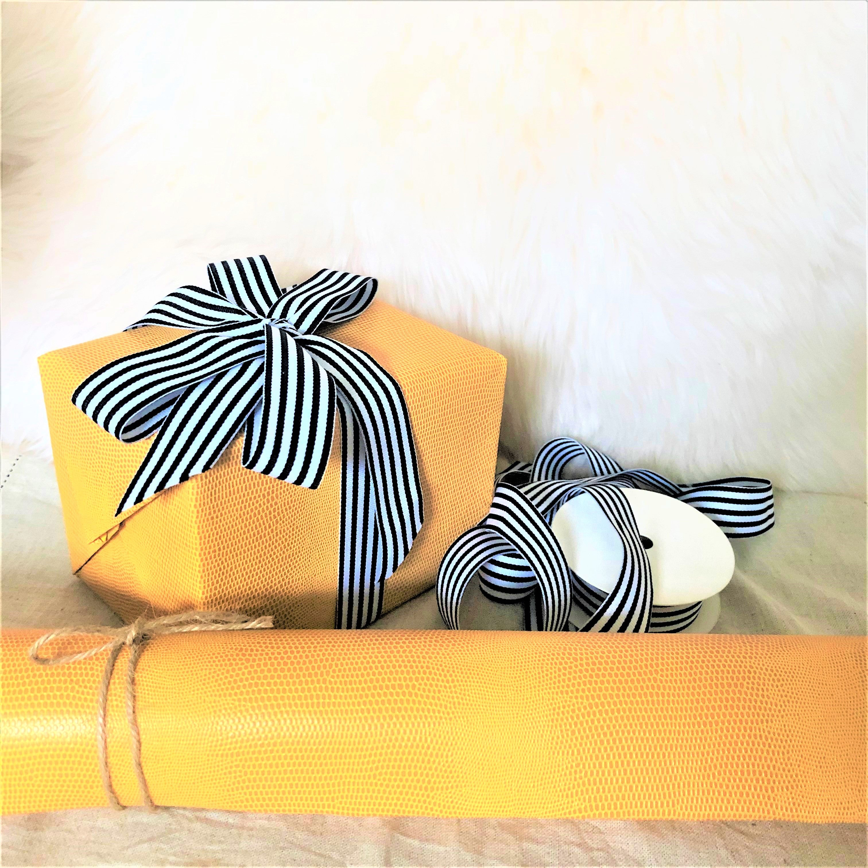 Black and White Striped Grosgrain Ribbon 1 Inch by Urban Vintage LA