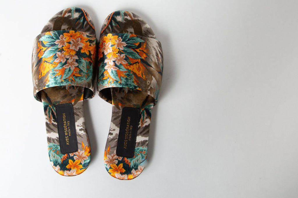 silk print floral slides by Avec Moderation