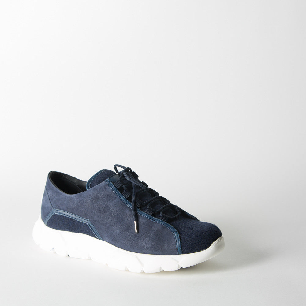 Wave Lo in Navy